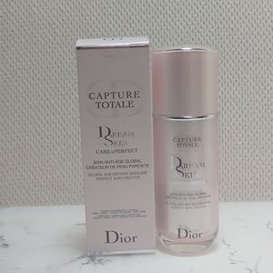 Dior DreamSkin Skin Perfector